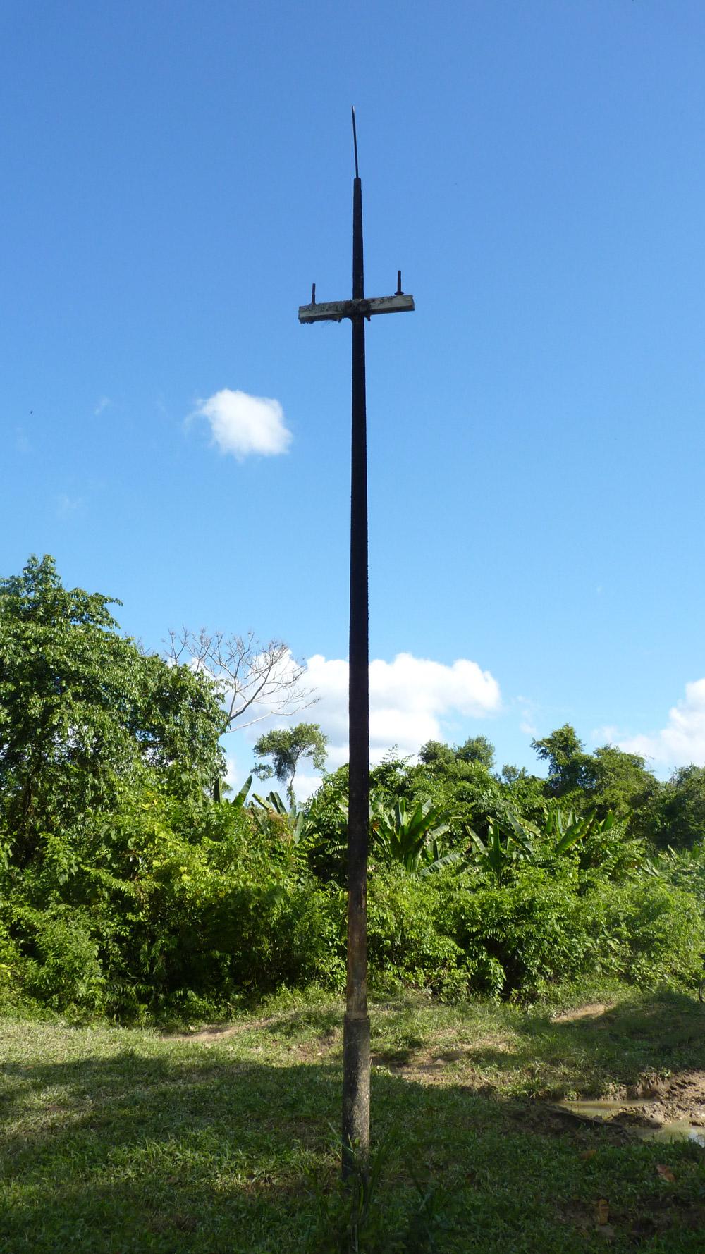 Poste original do antigo Telégrafo instalado há mais de 150 anos, um dos poucos ainda intácto